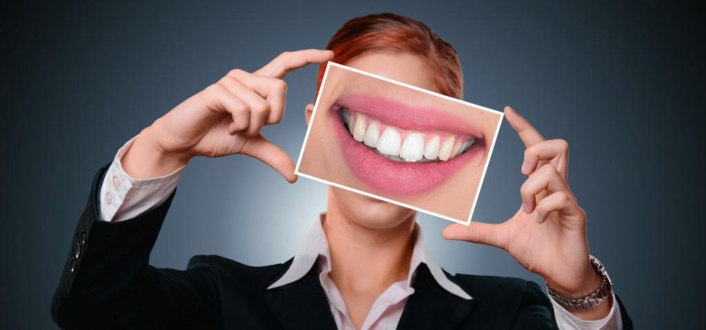 dental-repairs-with-dental-veneers